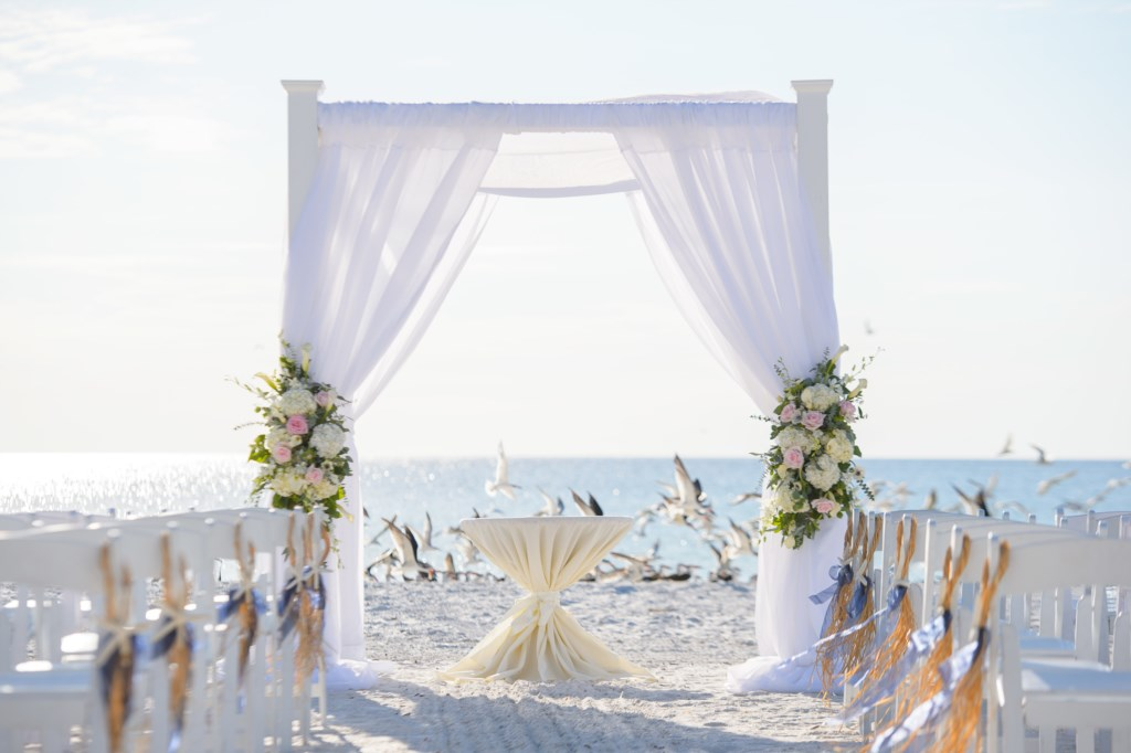 Arrange your perfect wedding on the Beach