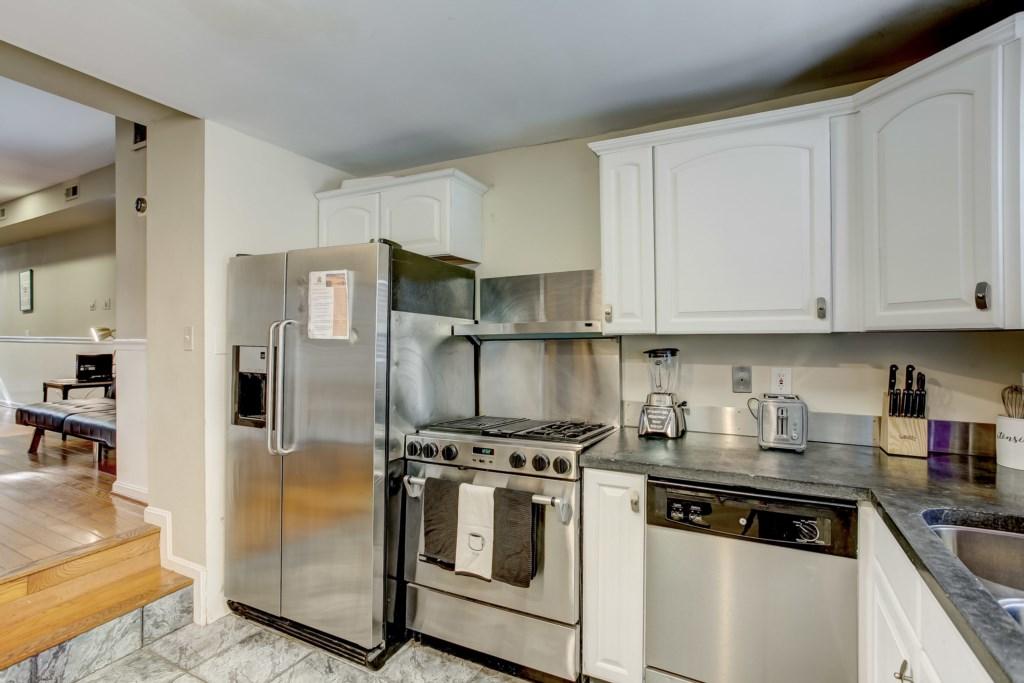 Kitchen Photo 3 of 3