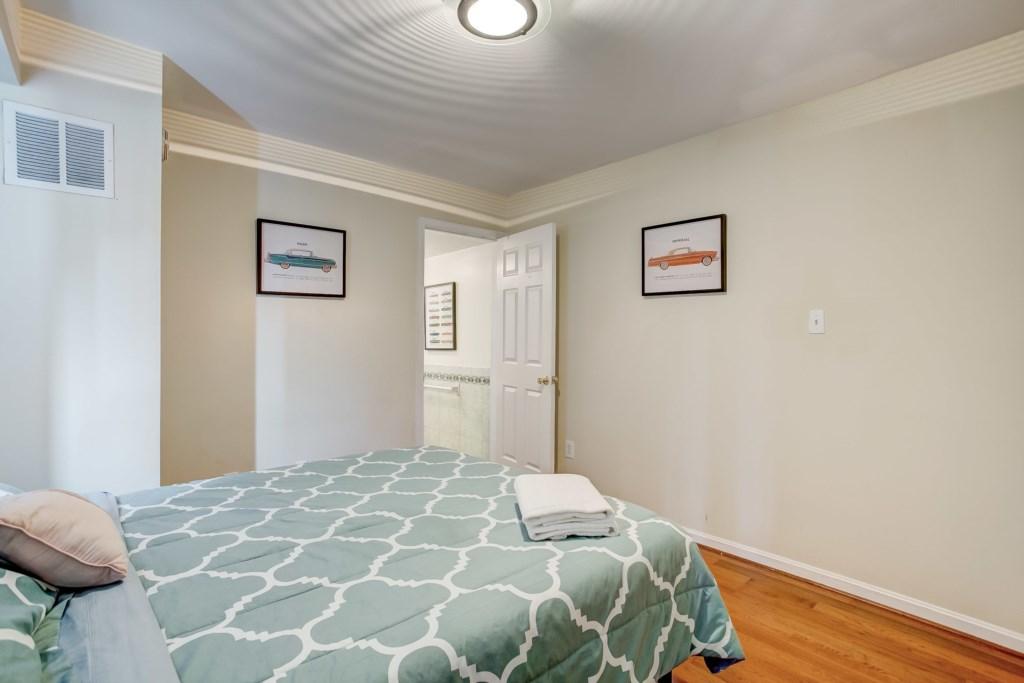 Guest Bedroom Photo 2 of 3