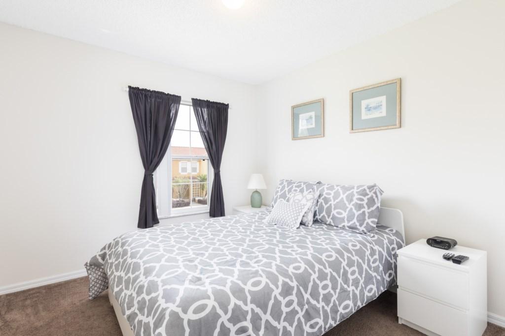 LB110-Bedroom2