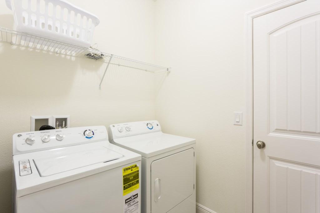 4328 Acorn Laundry Room.jpg