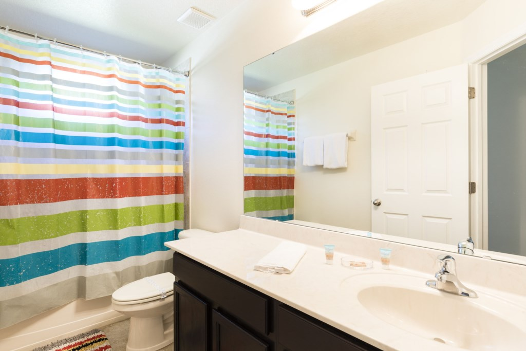 2664 Santosh Bathroom 3.jpg