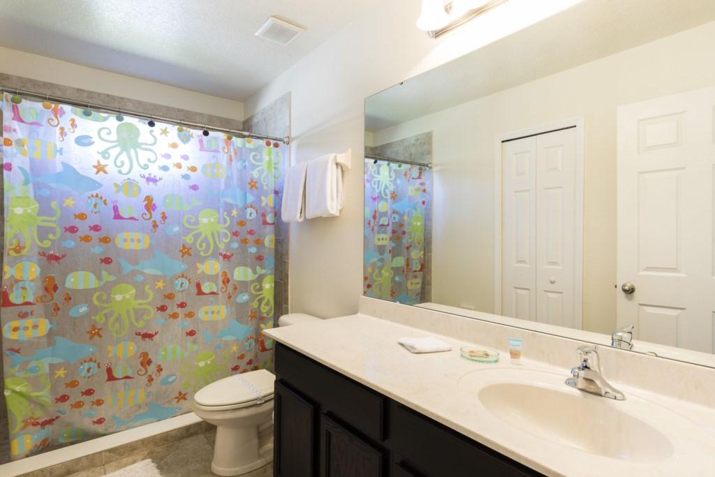 2664 Santosh Bathroom 4.jpg