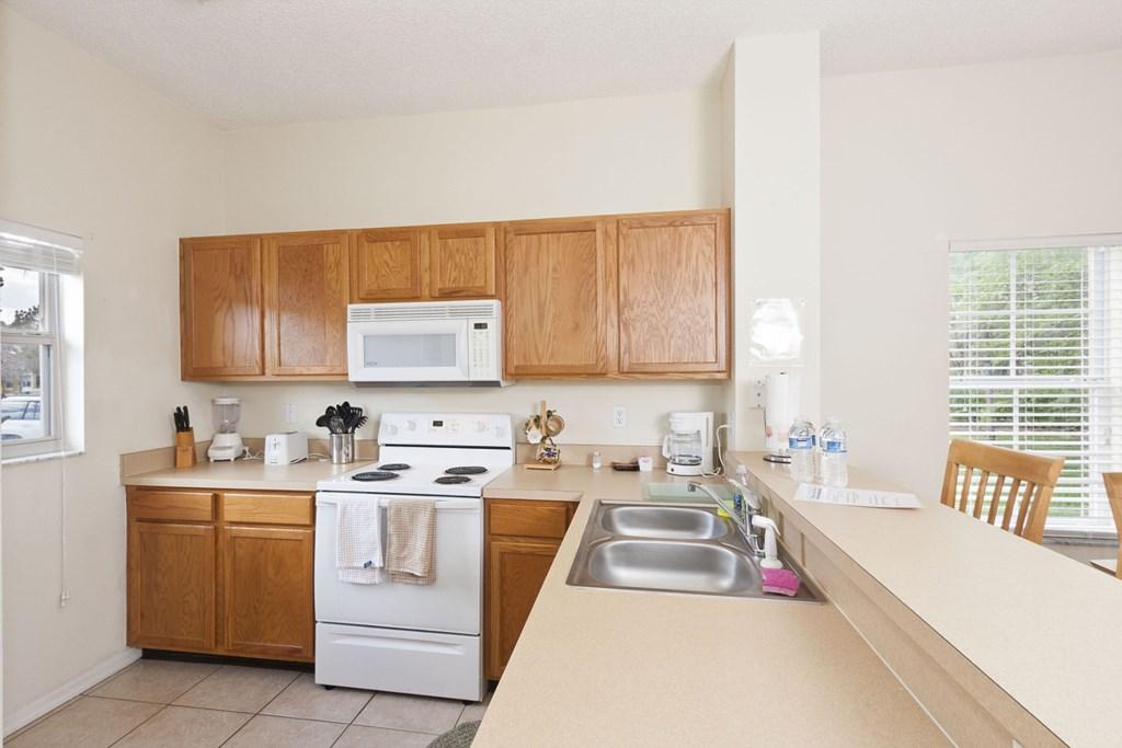 EM101_Kitchen1