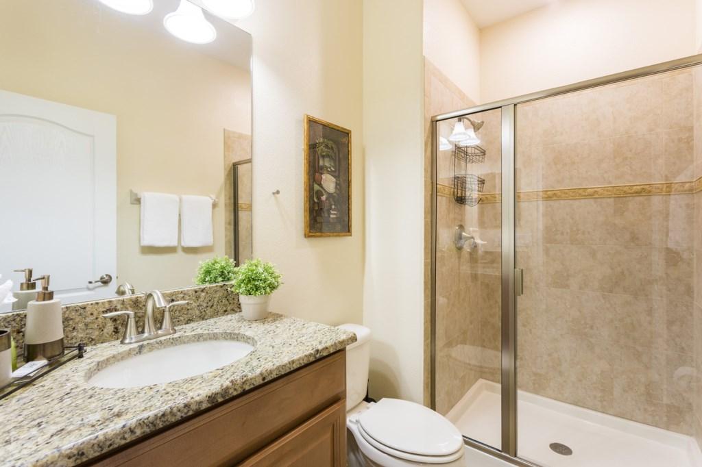 sl001 Bathroom 4.jpg