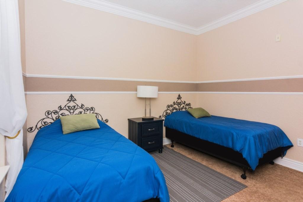 Twin Bedroom 2.jpg