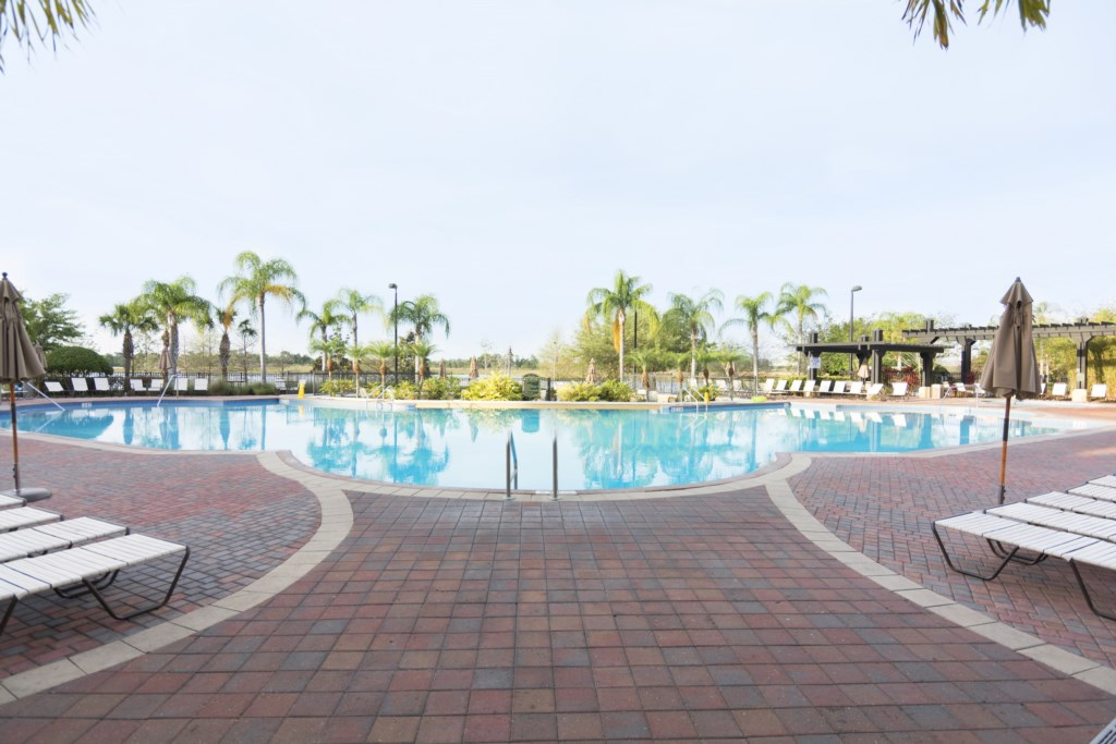 Cozy Vacation Apartment at Vista Cay (331996)