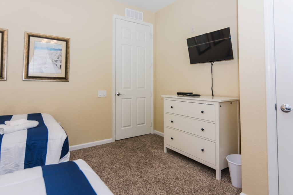 VC148 - Twin Bedroom 3.jpg