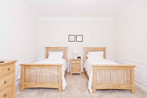 VC106_Bedroom3-1.jpg