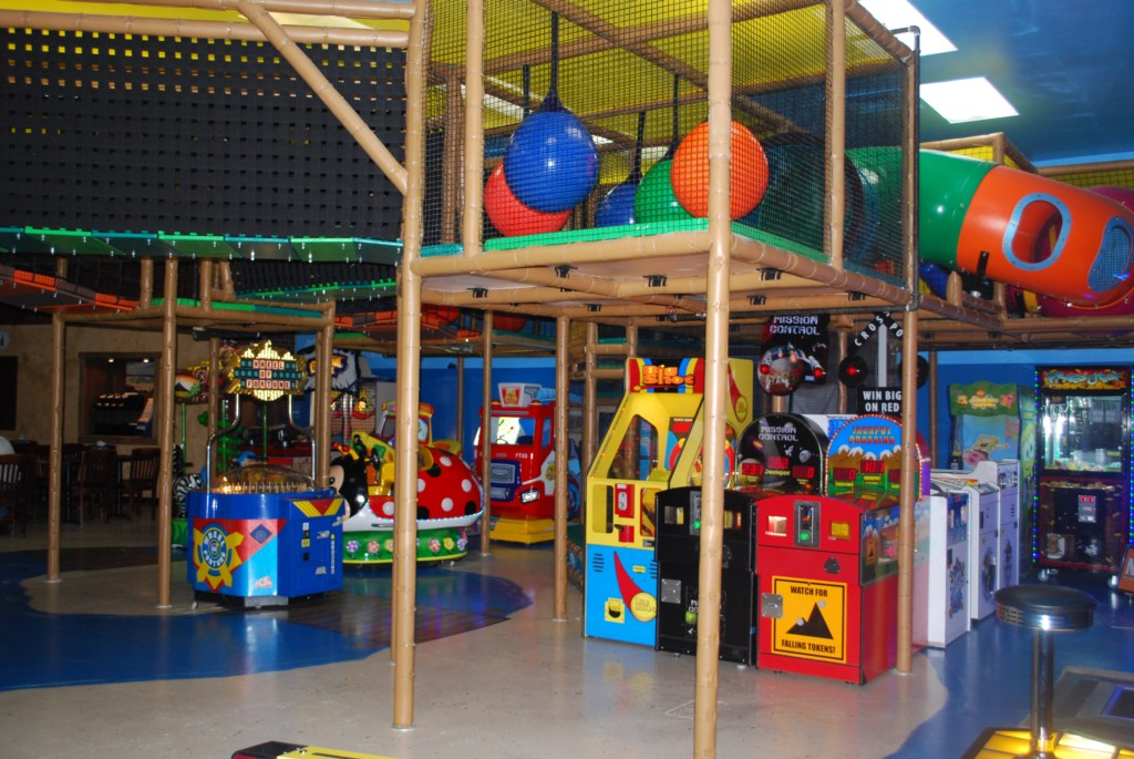 Arcade and Indoor Playground.JPG
