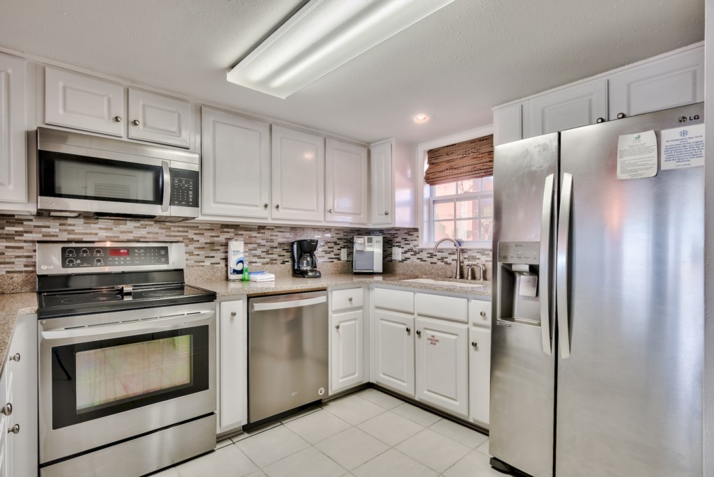 Fully equipped kitchen with everything you will need