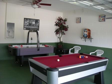 garage games room.jpg