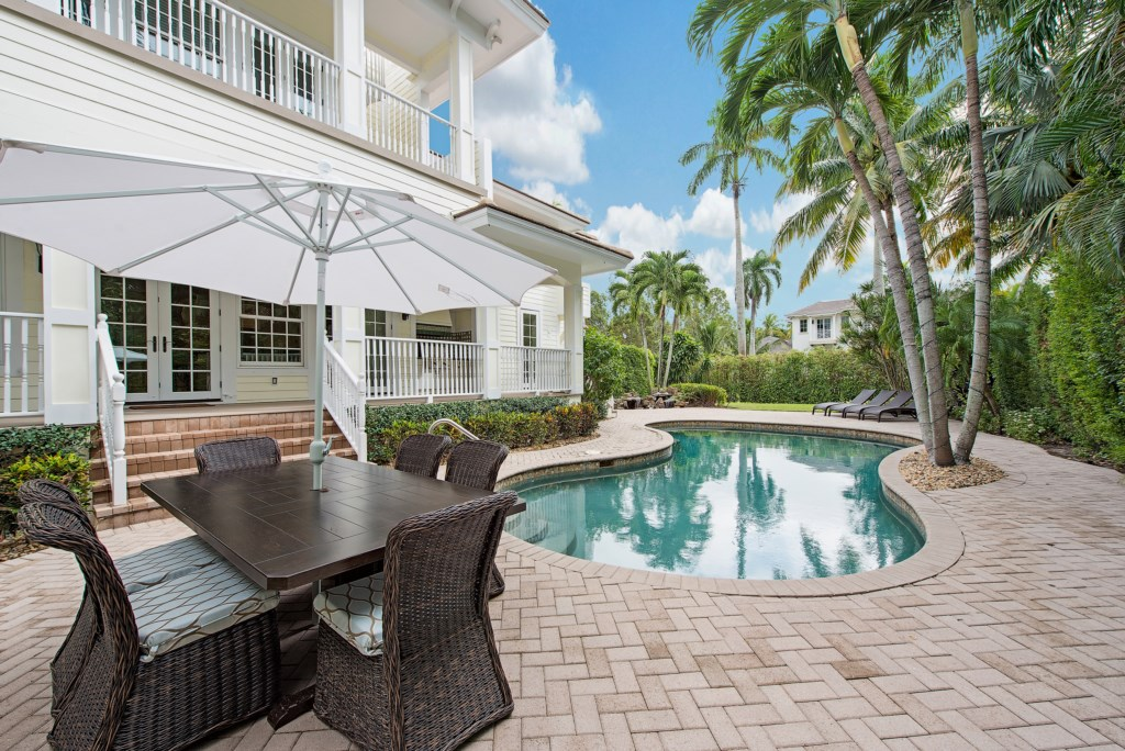 175 16th Avenue S Naples FL-print-001-10-Pool-4096x2734-300dpi.jpg