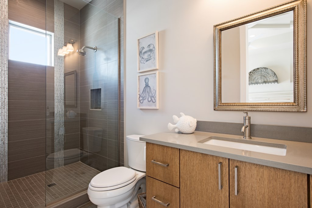 685 17th Avenue S Naples FL-print-013-2-BathRoom-4096x2734-300dpi.jpg
