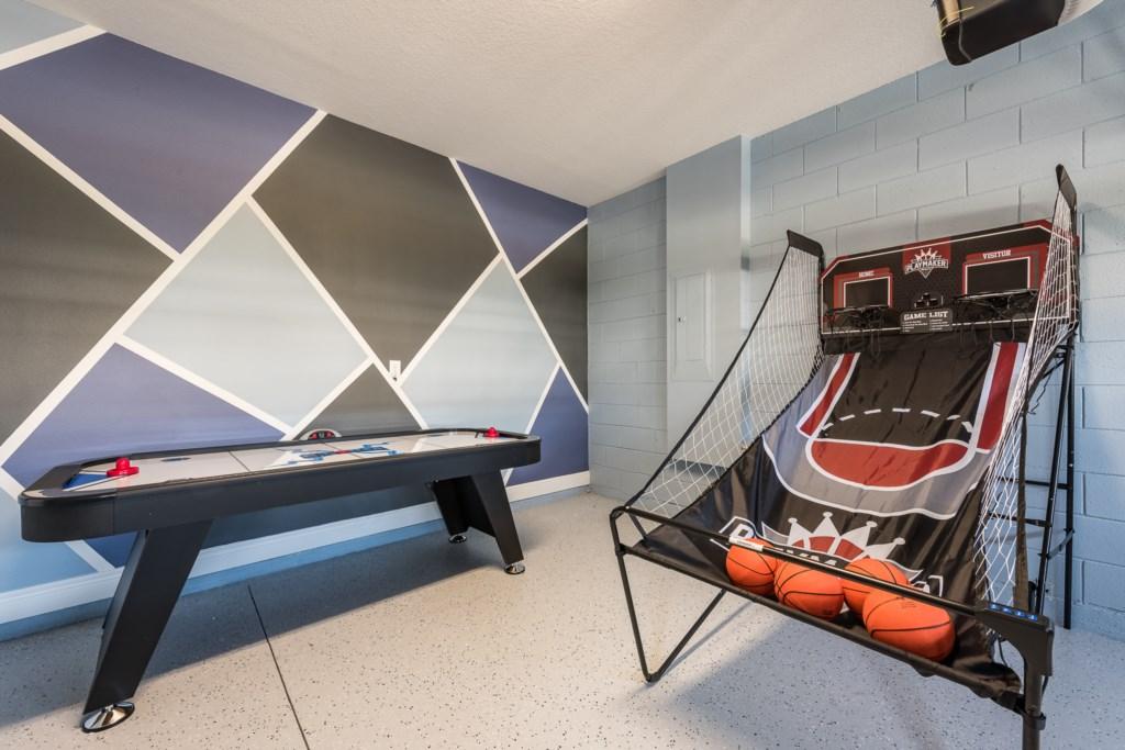 Garage 2.jpg