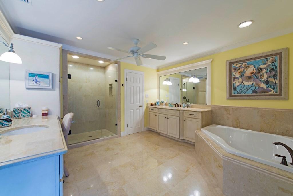 675 Regatta Road Naples FL-print-006-Master bath-4200x2804-300dpi.jpg