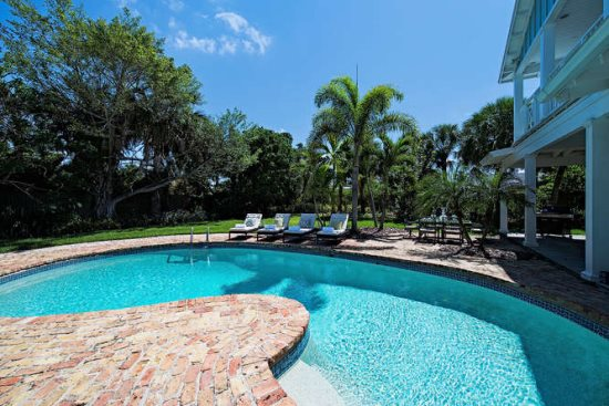 Spectacular Private Pool With Plenty of Florida Sun!