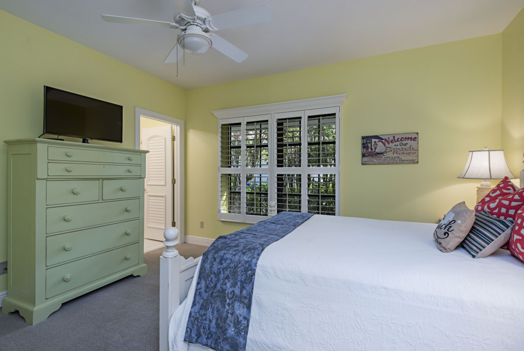 39014thAvenueSNaplesFL-print-024-23-bedroom2-4200x2810-300dpi