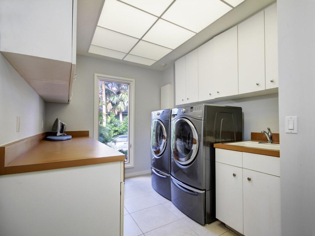 Keith Isaac Laundry.jpg