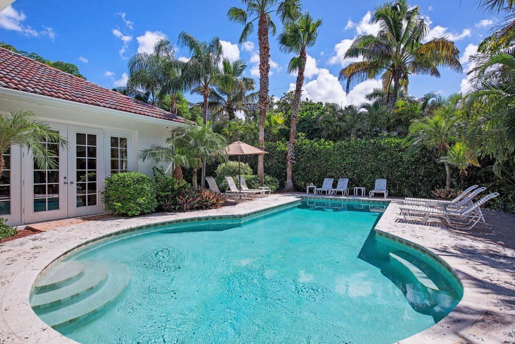 664 3rd Street N Naples FL-print-012-Pool-2896x1933-300dpi.jpg