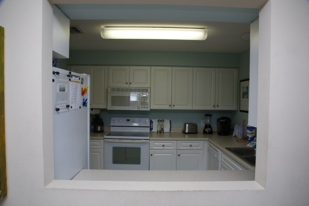 C21 Equipped Kitchen