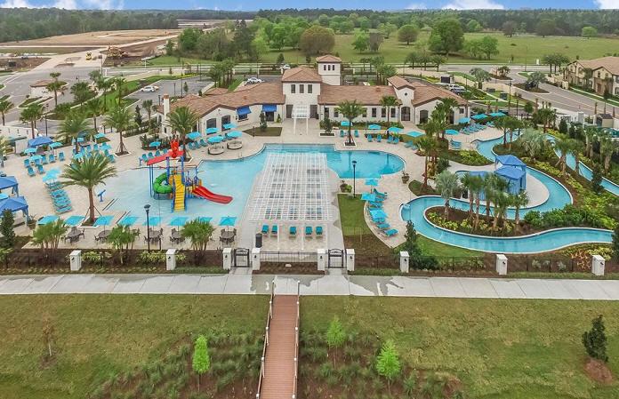 windsor_at_westside_pool_amenities.jpg