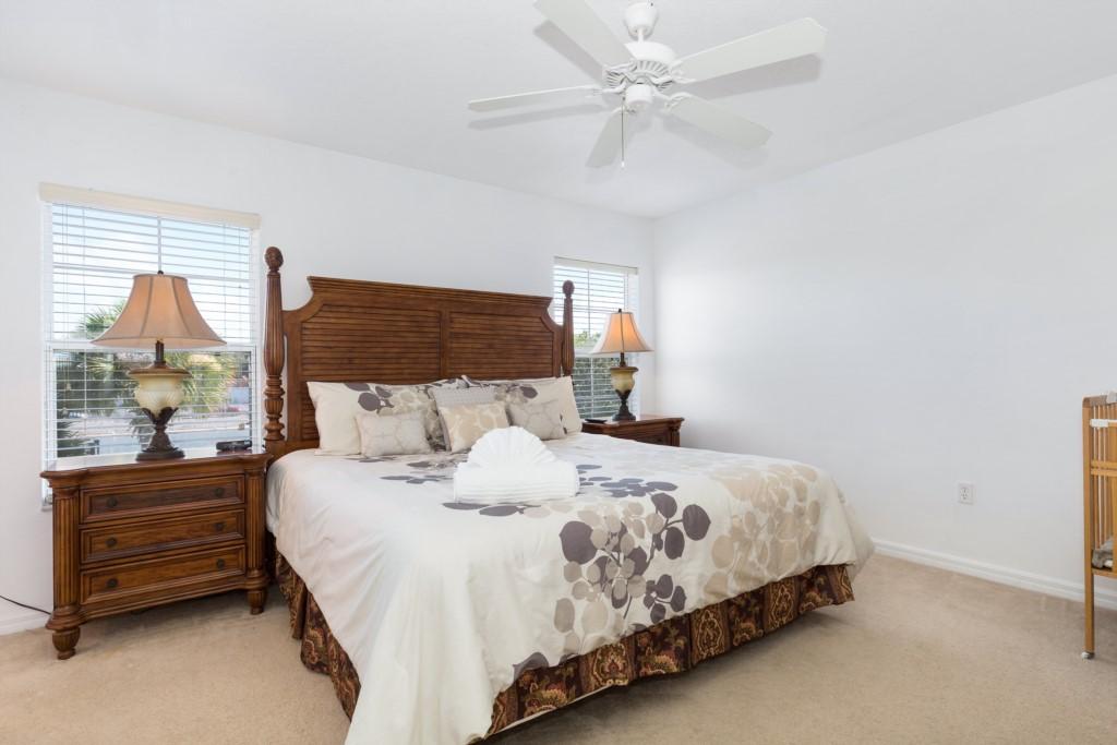 4th Bedroom - Ensuite (King) 2nd Floor