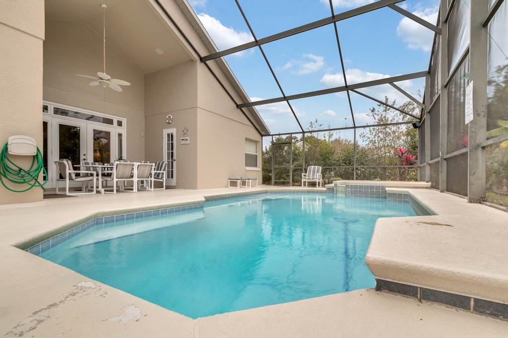 2853-Blooming-Alamanda-Loop--Kissimmee--FL-34747----04---Pool.jpg