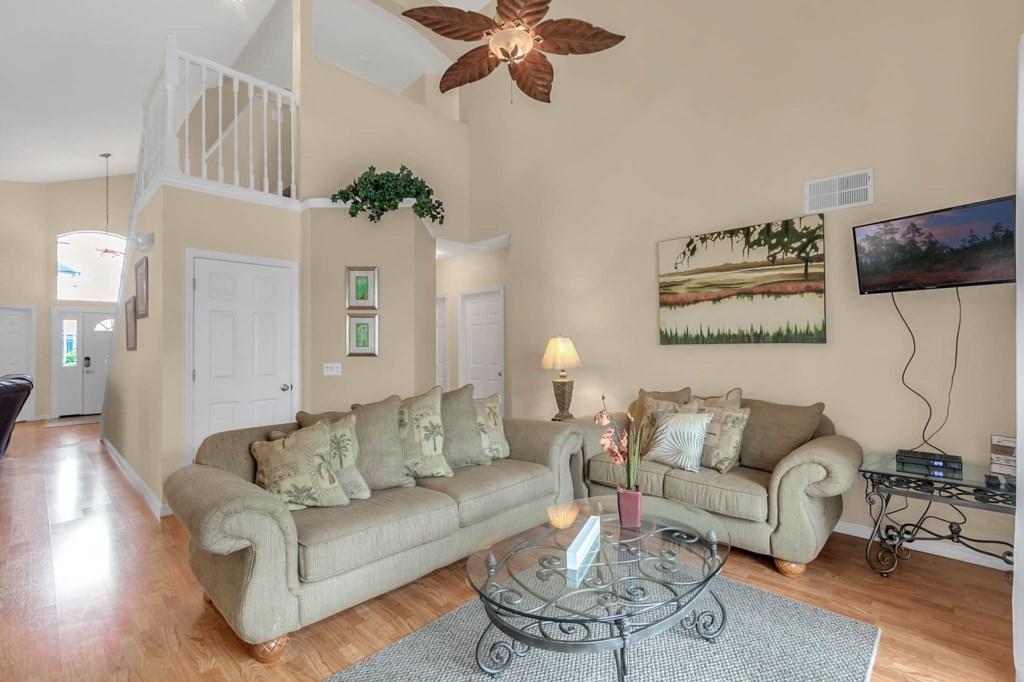 2853-Blooming-Alamanda-Loop--Kissimmee--FL-34747----08---Family-Room.jpg