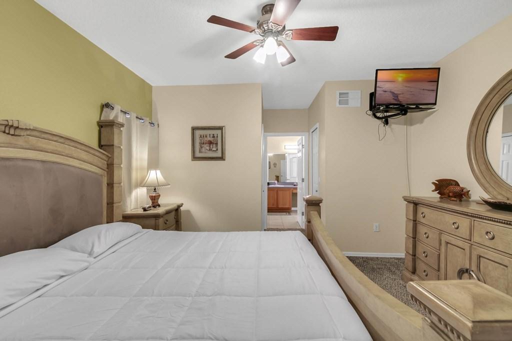 2853-Blooming-Alamanda-Loop--Kissimmee--FL-34747----17---Master-Bedroom.jpg