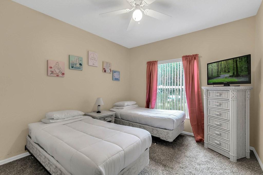 2853-Blooming-Alamanda-Loop--Kissimmee--FL-34747----20---Bedroom.jpg