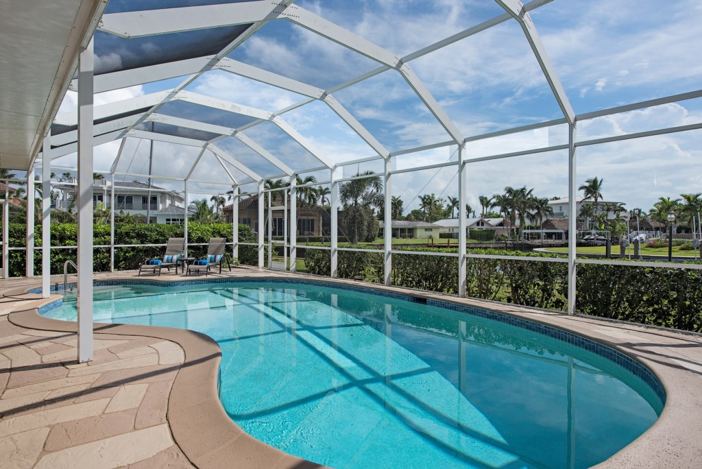 1809KingfishRoadNaplesFL-print-002-8-Pool-
