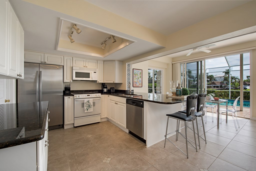 1809KingfishRoadNaplesFL-print-009-11-Kitchen-4096x2734-300dpi