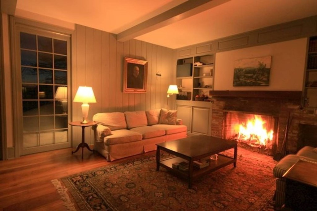 Fireplaces in 2 rooms including the spacious living room