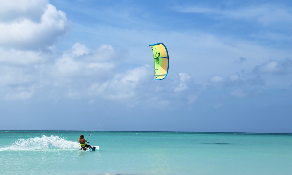 Kitesurfing at Fishermans Hut