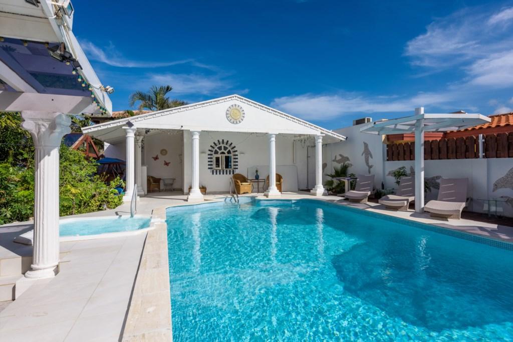 Lovely pool at Sunflower Villa Studios