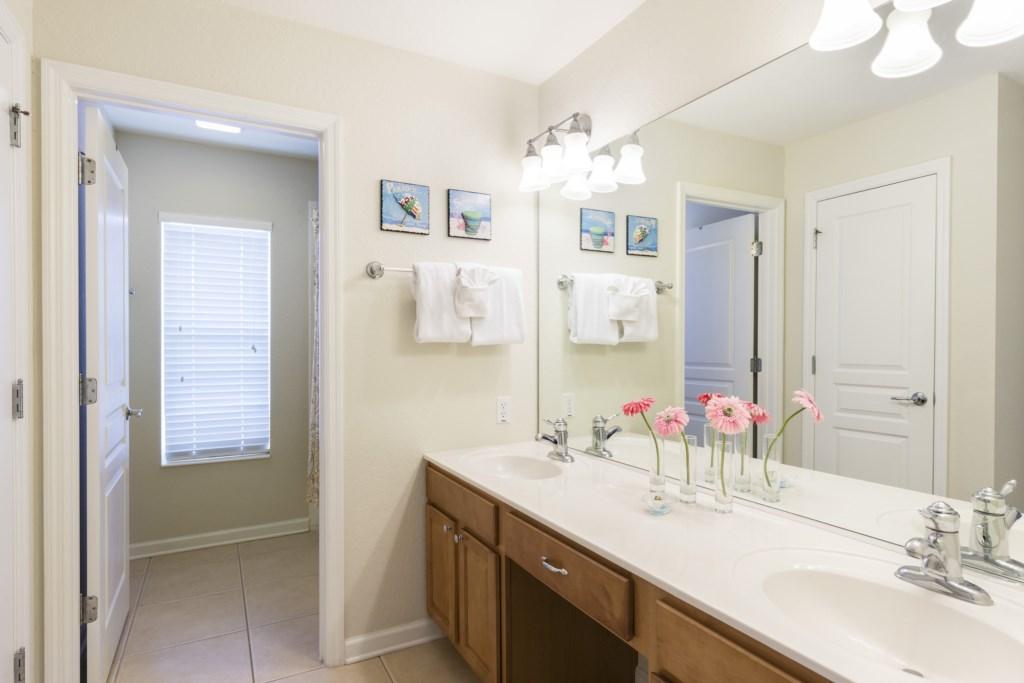 Wonderful double sink vanity