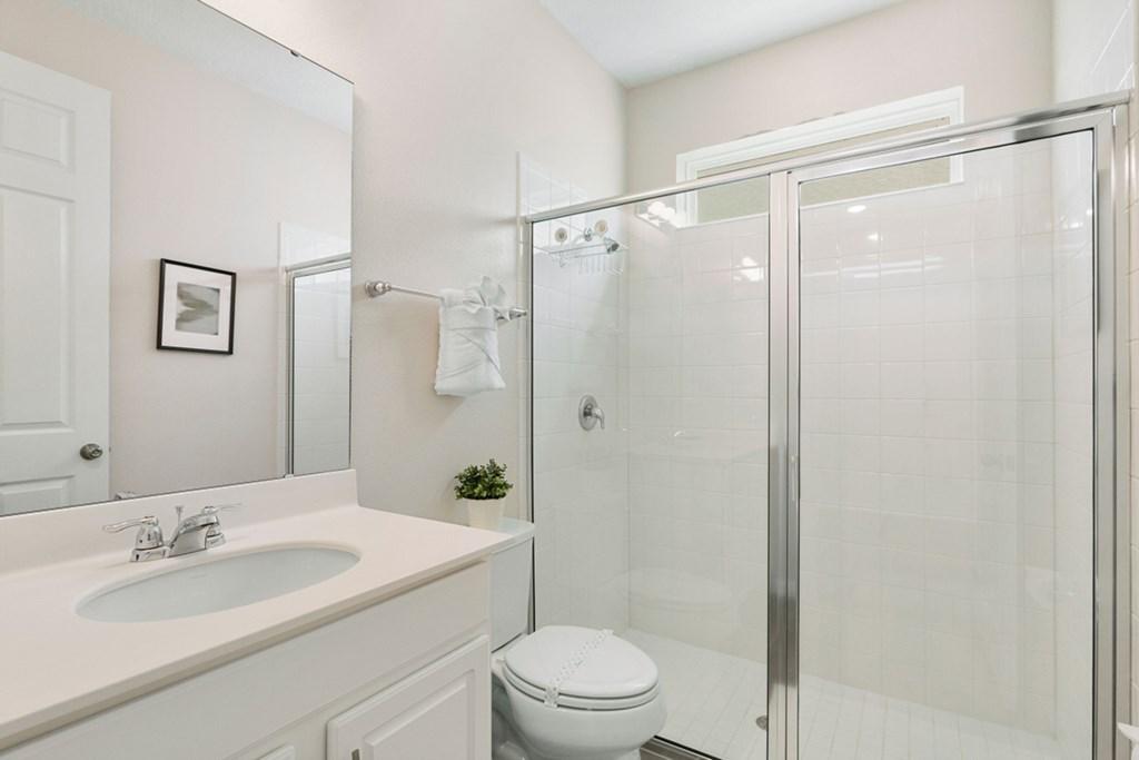 11_En-Suite_Bathroom_0921.jpg