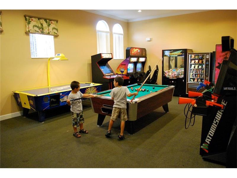 Clubhousegameroom1