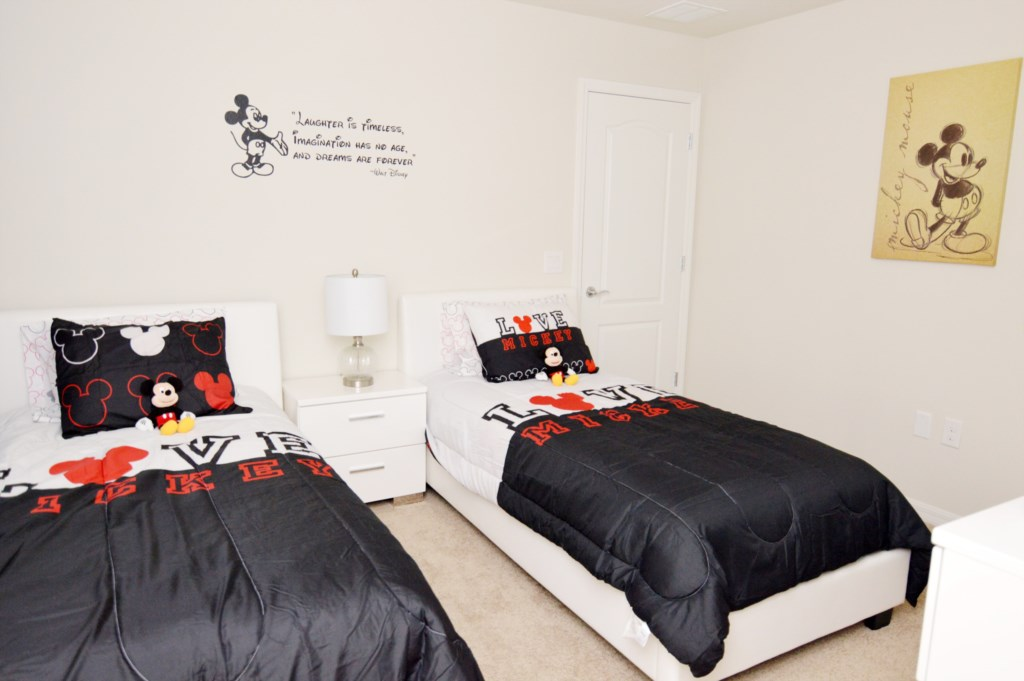 Twin Bedroom3.jpg_Thumb