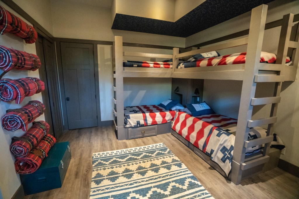 Bunk Room Sleeps 4