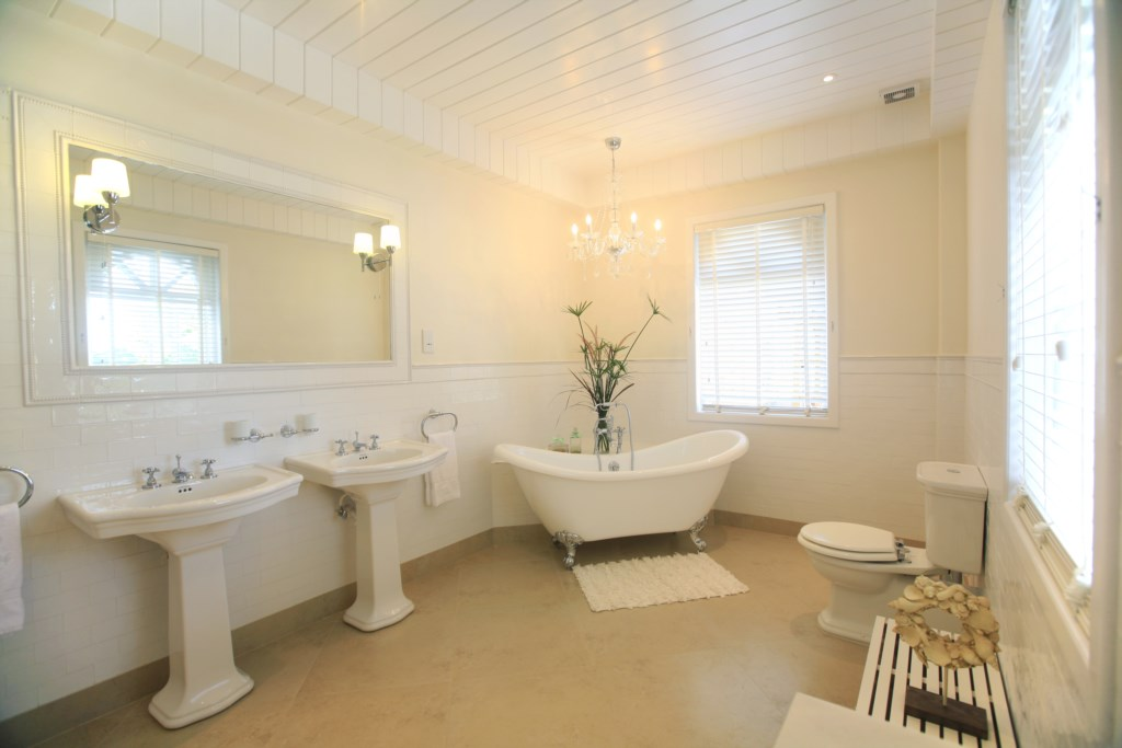 Third bedroom's ensuite bathroom with claw foot tub.