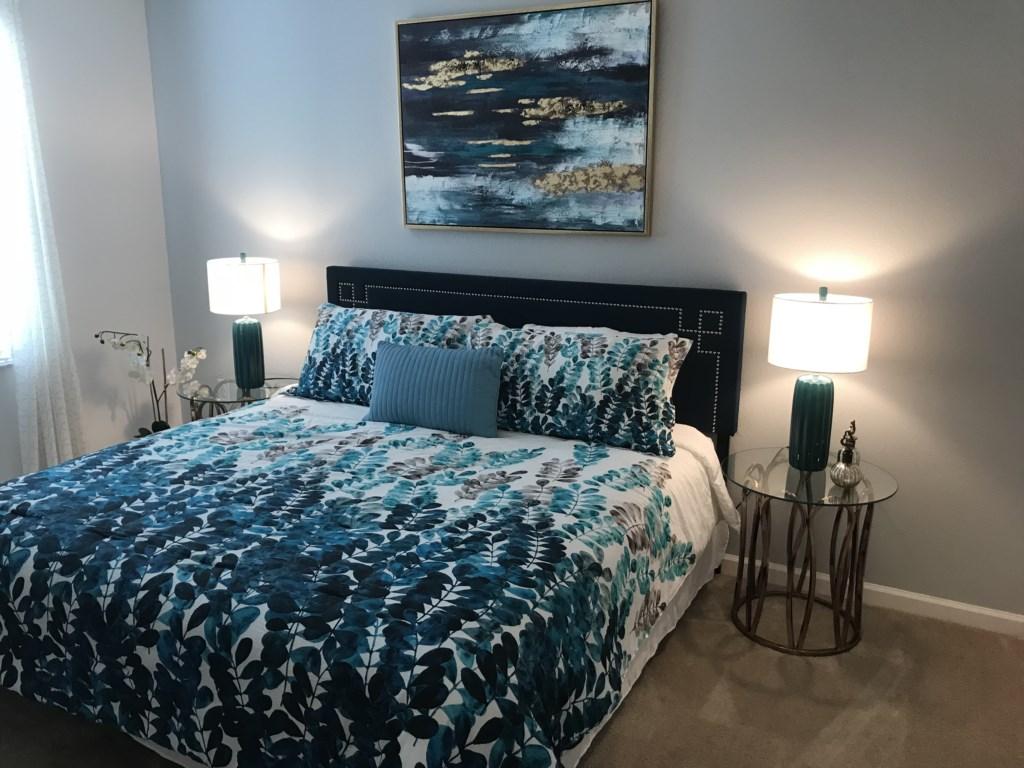 5252 Oakbourne - Bedroom 6 King.JPG