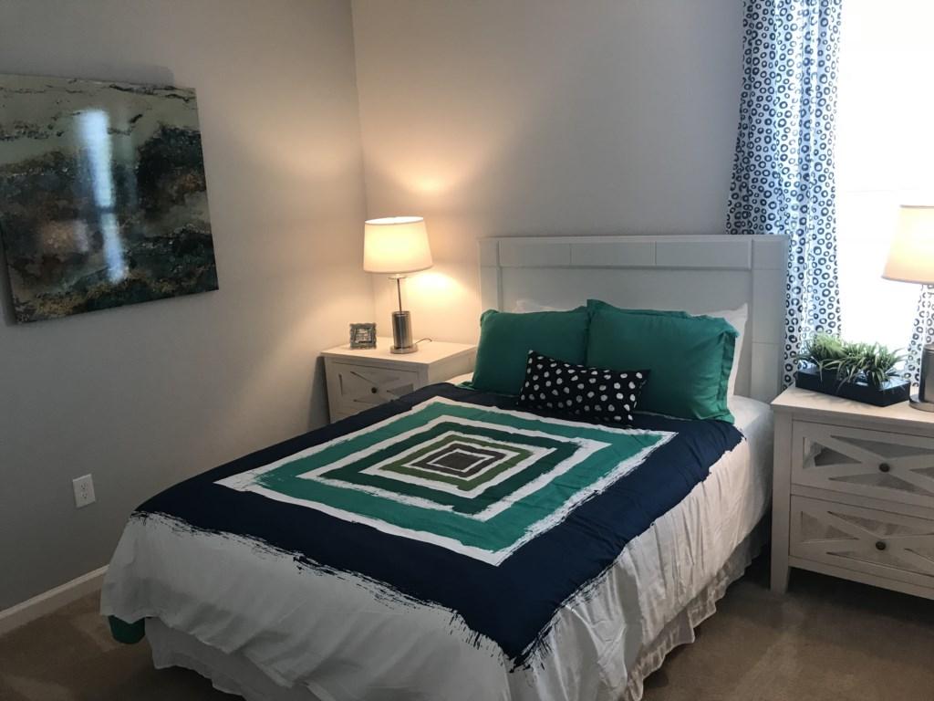 5252 Oakbourne - Bedroom 9 Queen.JPG