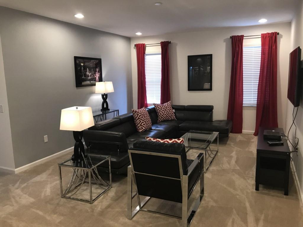 5252 Oakbourne - Bonus Room (Loft).JPG