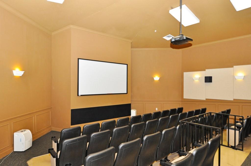 11-Theater