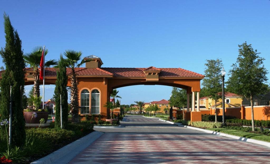 Resort Entrance 2.JPG