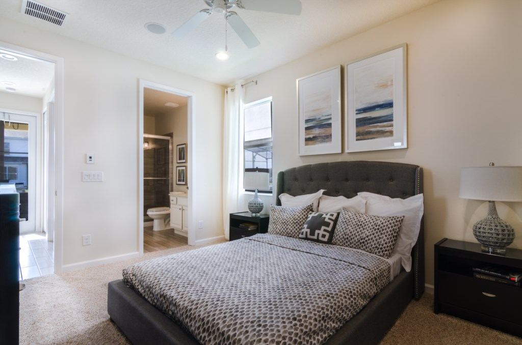 Bedroom1_3940_OakvilleAve_Kissimmee_FL_20170114_FL19866-Edit