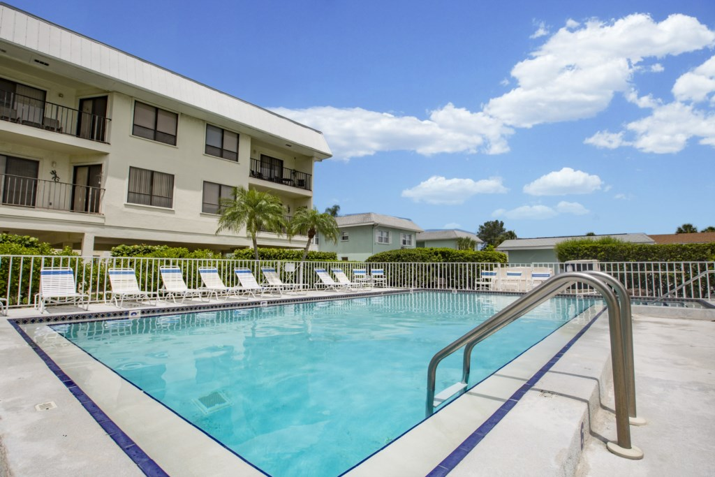 Anna Maria Island Condo - Heated Pool