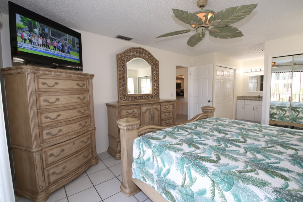 Master Bedroom-King Size Bed-50